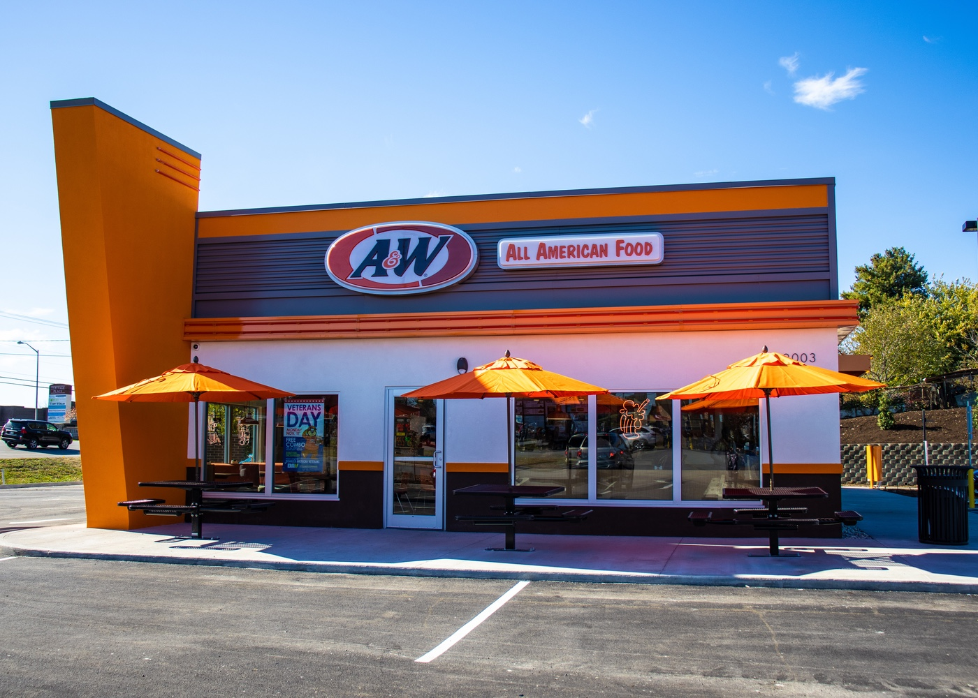 A&W Restaurant Exterior in Richmond, Kentucky
