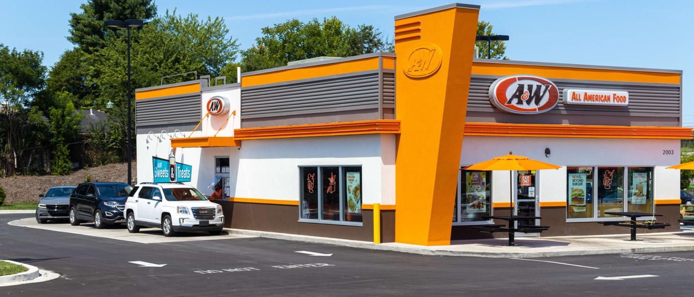 Exterior photo of A&W Restaurant drive-thru during the daytime in Richmond, KY.