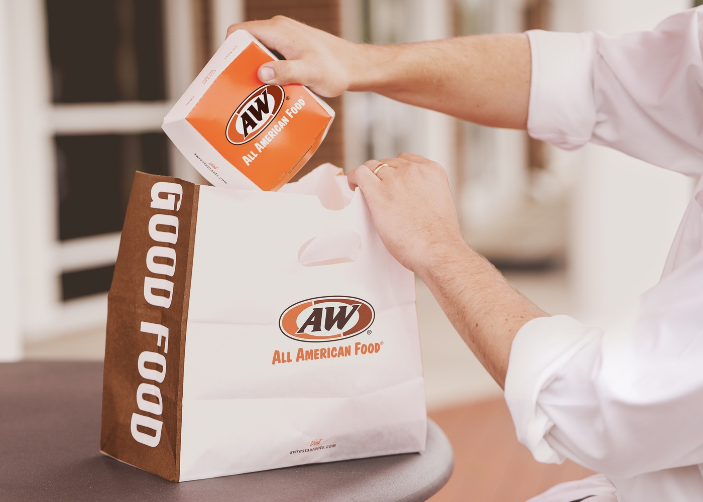 A&W Chicken Tender Box and To-Go Bag missing ampersand from logos