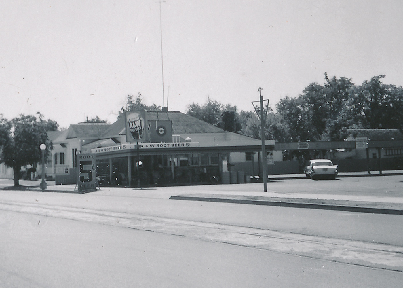 Black and white photo of old A&W Restaurant in Lodi, California
