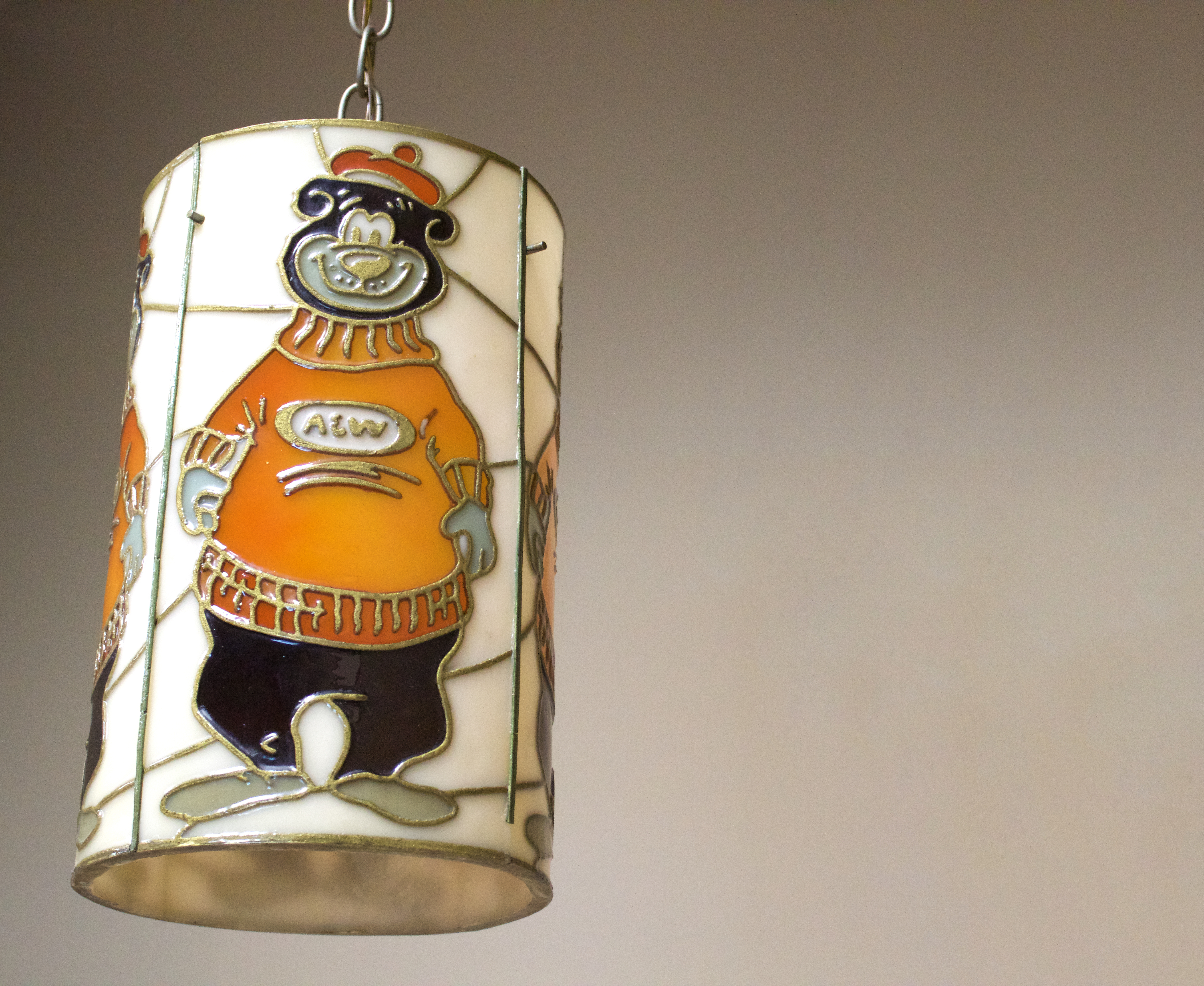 Hanging lamp of Rooty the Great Root Bear