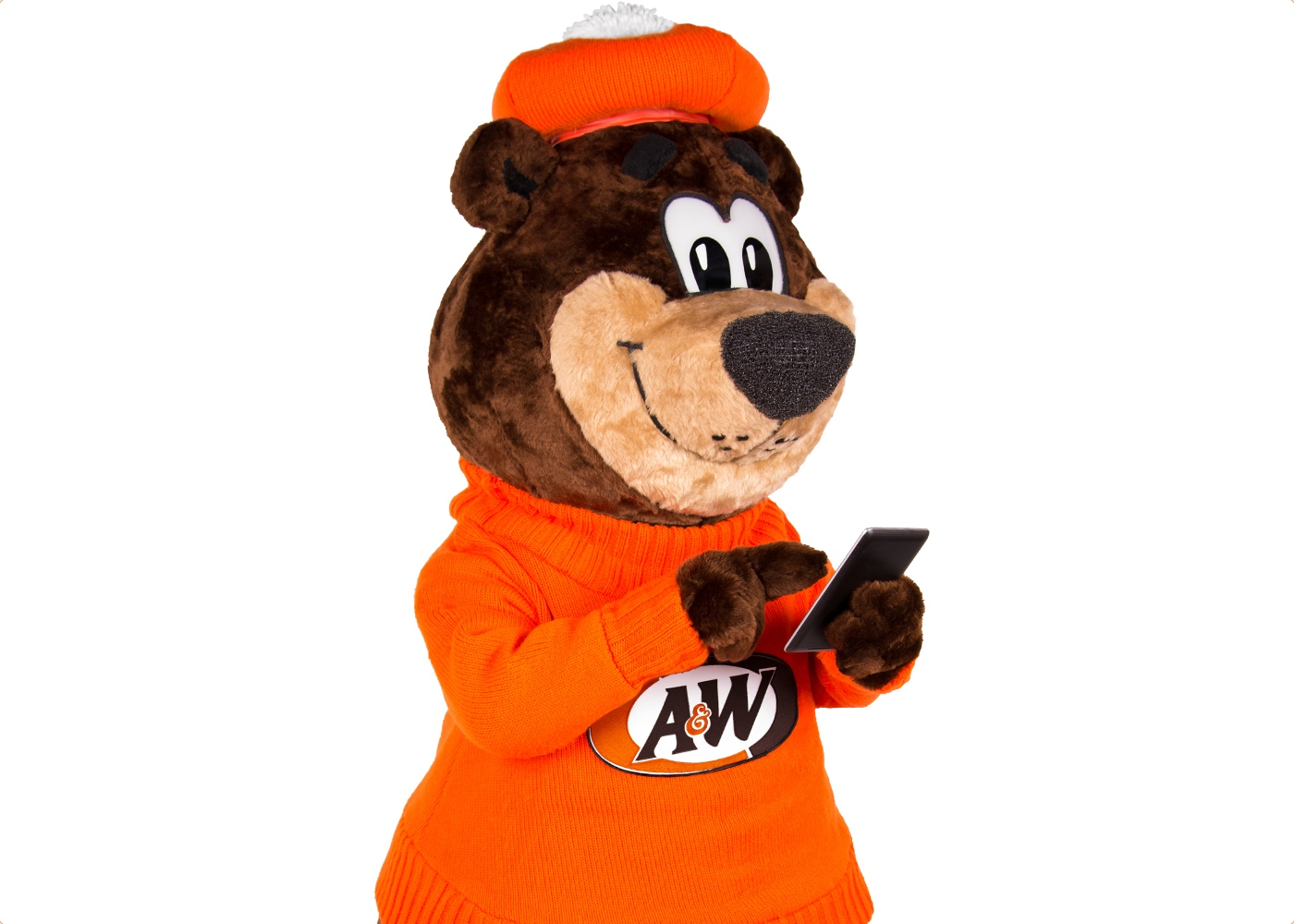 Rooty the Great Root Bear texting on phone