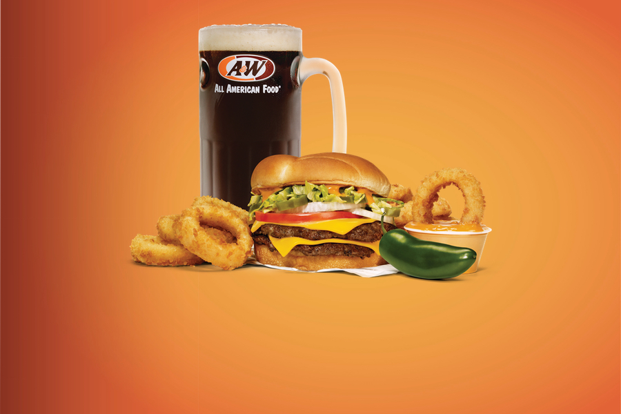 Spicy Papa Burger Combo with Onion Rings and mug of Root Beer.