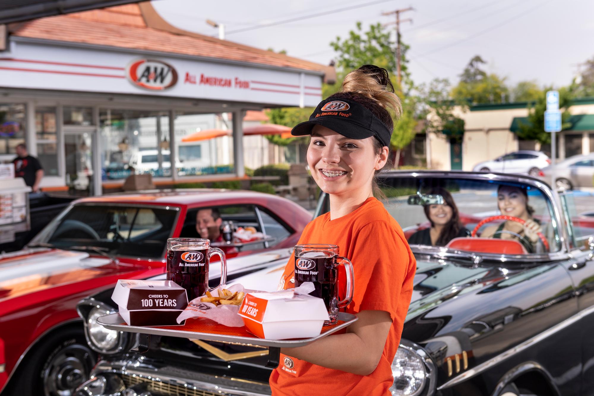 Visalia, CA 2019 Carhop pic by Ron Holman